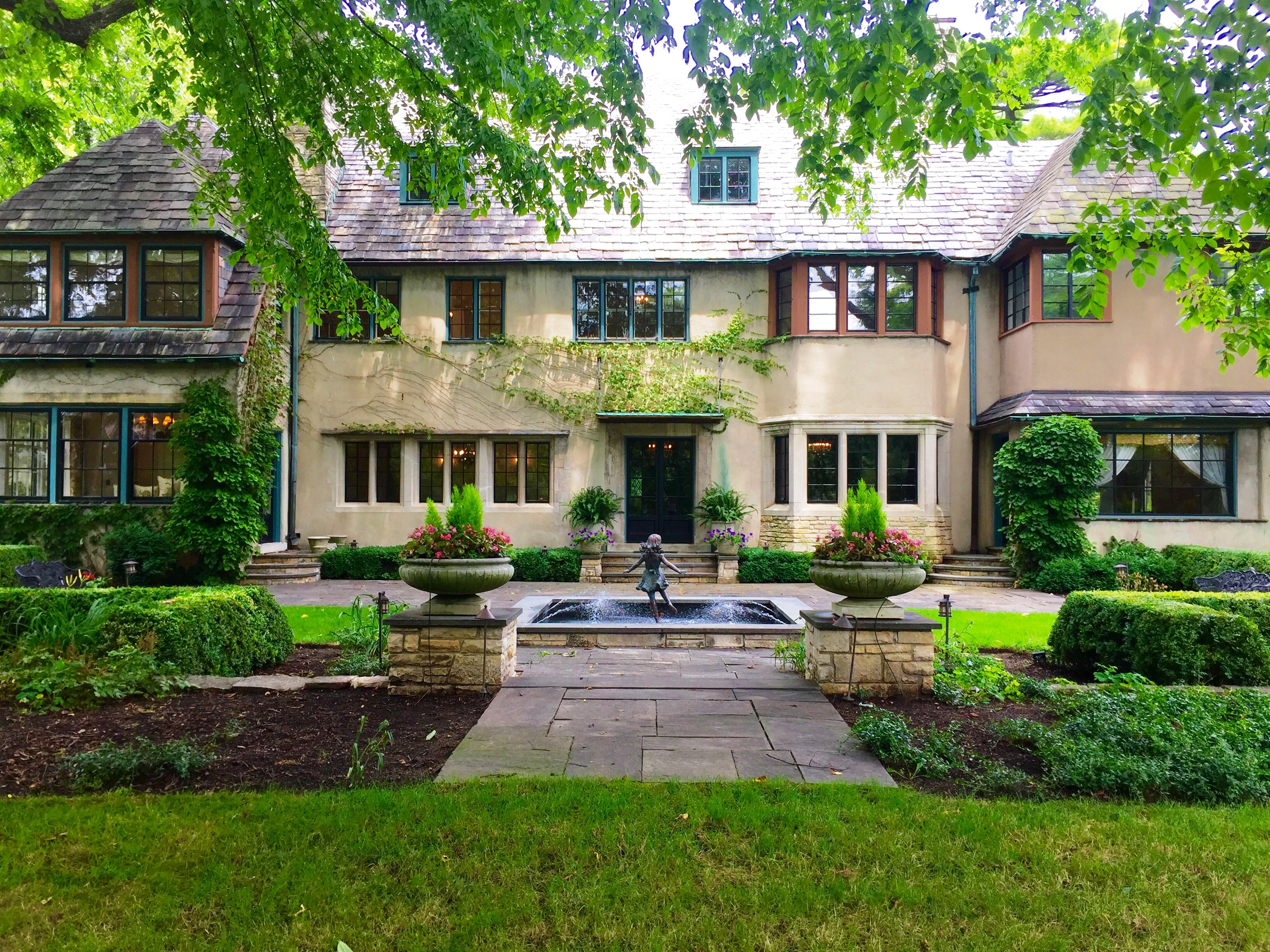 The back of the 2017 lake forest showhouse as seen today for Classic chicago house