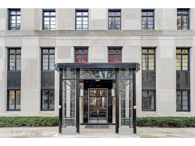 Real Art Design Group Chicago : Co ops the living is large classic chicago magazine