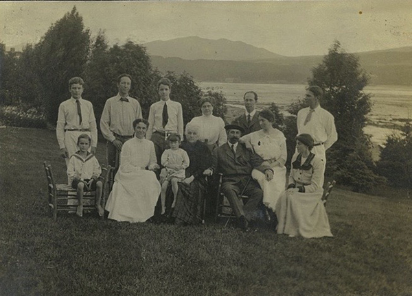 The Minturn and Sedgwick families in Murray Bay.