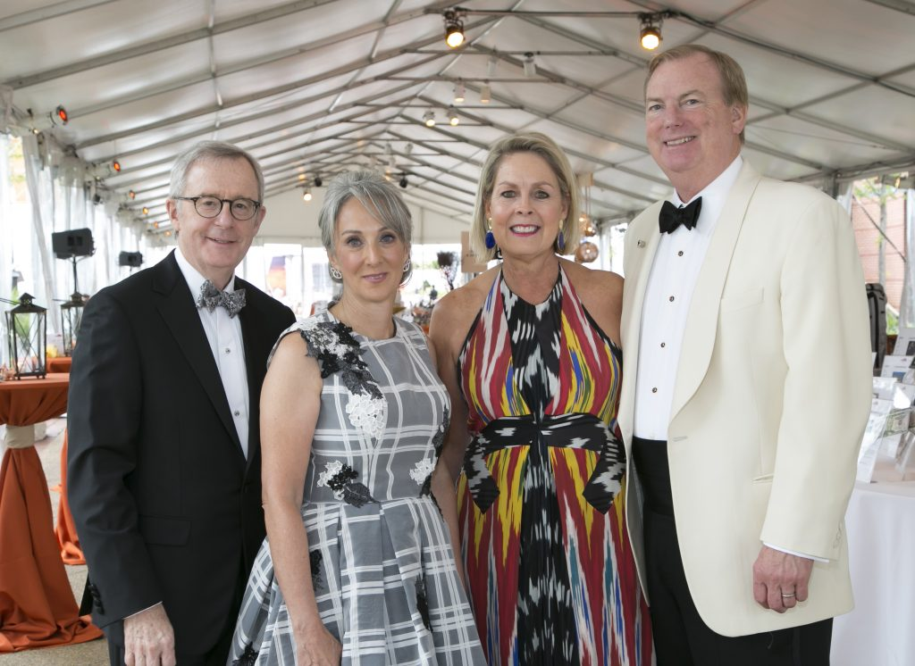 Lisa Genesen, Zoo Ball 2016 Co-­chair, and husband David Tabolt with Christine Tierney, Zoo Ball 2016 Co-chair, and husband Jeff Jordt.