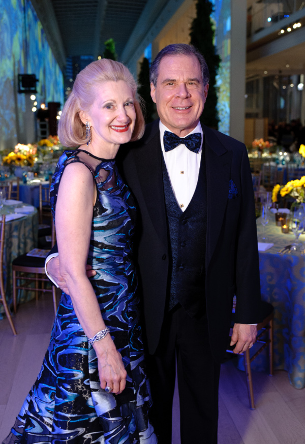 OMS Vice President for Programs, Laurie Bay, and her husband, Gala Chair James Bay.