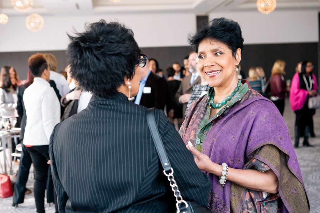 Cheryl Rayner chats with 2017 Honoree Phylicia Rashad during the VIP Reception.